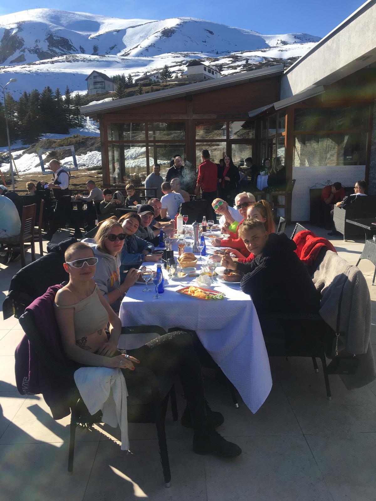 obed-v-lyžiarskom-stredisku